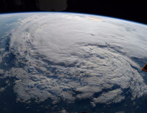 """Losing Earth"" durch wütendes Wetter"